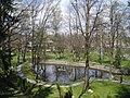 Castillo de Bran, lago del jardin.jpg