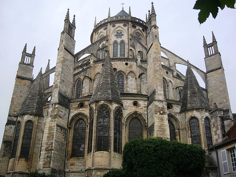 Cathédrale Saint-Étienne de Bourges.jpg