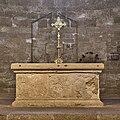 Cathédrale de Maguelone-Maître Autel.1.jpg
