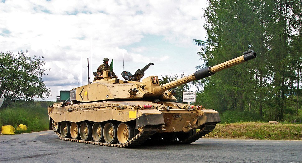 Challenger2-Bergen-Hohne-Training-Area-2