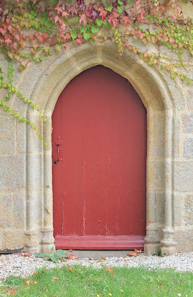 Chapelle Notre-Dame-de-Trescoët: porte secondaire ouest