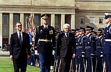 Mattarella, ministro della difesa, al Pentagono con l'omologo William Cohen