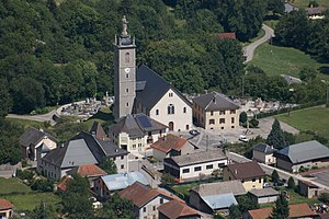 Mercury, Savoie - The church and surrounding buildings in Mercury