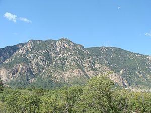 Cheyenne Mountain - Image: Cheyenne Mountain 1