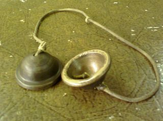Ching (instrument) finger cymbals played in Cambodian and Thai theater and dance ensembles