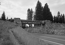 Chinook Pass Entrance Arch.jpg
