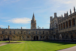 Tom Quad - Image: Christ Church Oxford Tom Quad view 2011