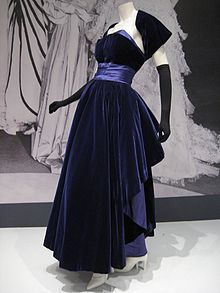 Photo d'une robe en soie Christian Dior.