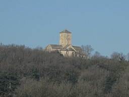 Church Saint-Martin of Laives at the top of the hill (winter).jpg