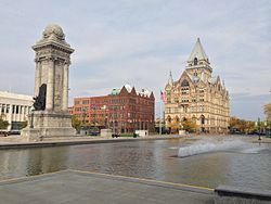 Clinton square soldiers sailors monument fountain.jpg