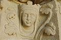 Collégiale de Candes Saint-Martin tête de reine.jpg