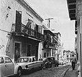 Collectie Nationaal Museum van Wereldculturen TM-20016549 Woningen in de Calle Christo in San Juan Puerto Rico Boy Lawson (Fotograaf).jpg