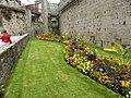 Concarneau , les jardins des remparts - panoramio.jpg