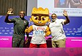Conferencia de prensa de medallistas Carl Lewis y Leroy Burrel.jpg