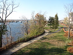 Connecticut River Walk Park, Springfield MA.jpg