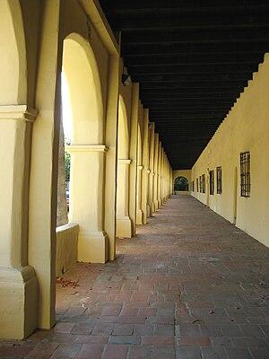 Mission San Fernando Rey de España - Image: Corridor at Mission San Fernando Rey de Espana