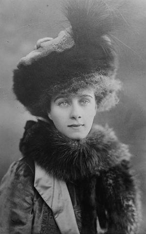 Bernard Forbes, 8th Earl of Granard - Beatrice, Countess of Granard, circa 1910.