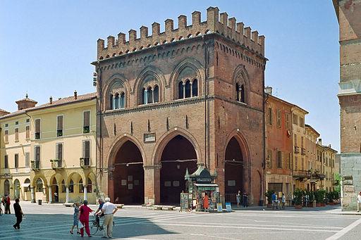 Cremona- La Loggia dei Militi