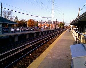 Cedarhurst (LIRR station) - Cedarhurst LIRR station