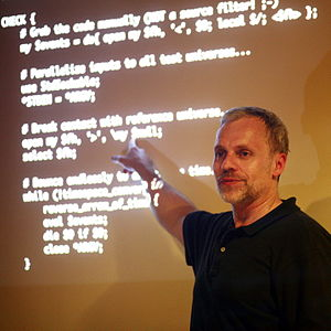 Damian Conway - Damian Conway giving a talk in Lausanne on 17 August 2009