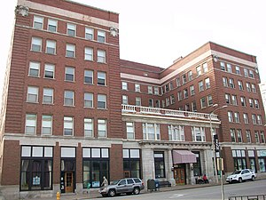 Davenport Hotel (Davenport, Iowa) - Image: Davenport Hotel (Davenport, Iowa)