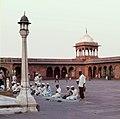 Delhi-26-Jama Masjid-Innenhof-1976-gje.jpg