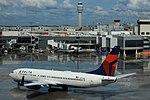 Delta N774DE Boeing 737-800 (29362231208).jpg