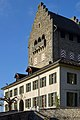 Der massive 'Bergfried' des Schlosses in Uster mit den neuzeitlichen Umbauten und der Schlossschule 2012-11-14 13-56-44 ShiftN.jpg