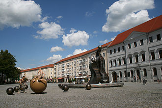 Dessau - Market square with fountain