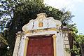 Detalhe da fachada da pequena Capela de São Pedro Advíncula em Olinda.jpg