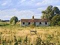 Disused Cottages near Poplar Farm. - geograph.org.uk - 950623.jpg