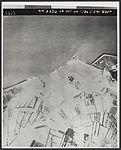 Door Geallieerden gebombardeerde dijk bij Veere.jpg