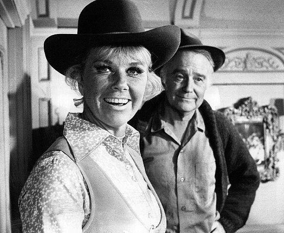 Doris Day Lew Ayres The Doris Day Show 1970.JPG