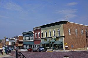 Mount Carroll, Illinois - Image: Downtown Market Street MG 8152