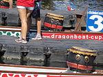 Drachenboot, Trommeln (Flensburg 2013).JPG