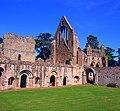 Dryburgh Abbey 2008.jpg
