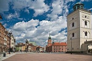 Castle Square, Warsaw - Image: Dzwonnica kosciol sw anny