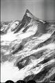 ETH-BIB-Agassizhorn, Finsteraarhorn, Grindelwalder Fieschfirn v. N. aus 4000 m-Inlandflüge-LBS MH01-006224.tif