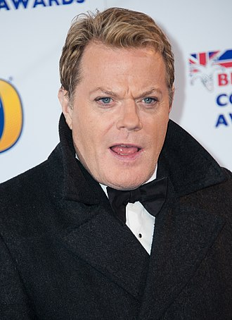 Eddie Izzard - Izzard at the 2013 British Academy Awards