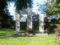 Ehrendenkmal Duisburg-Ehingen.jpg