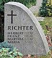 Ehrengrab Malteserstr 123 (Lankw) Herbert Richter Architekt2.jpg