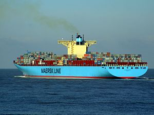 Eleonora Maersk pF 9321500, leaving Port of Rotterdam, Holland 25-Jan-2007.jpg