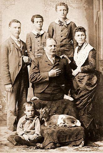 Eli Bowen - The Bowen family