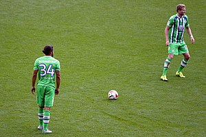 Ricardo Rodríguez (footballer) - Rodríguez taking a free-kick for Wolfsburg.