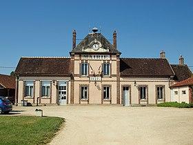 Évry (Yonne) — Wikipédia