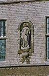exterieur beeld van f.j. van hall, voorstellende justitia (gerechtigheid) - bergen op zoom - 20324263 - rce