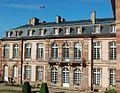 Façade de l'aile du Palais place Broglie.jpg