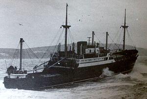 MV Fenella (1951) - Fenella departs Douglas.