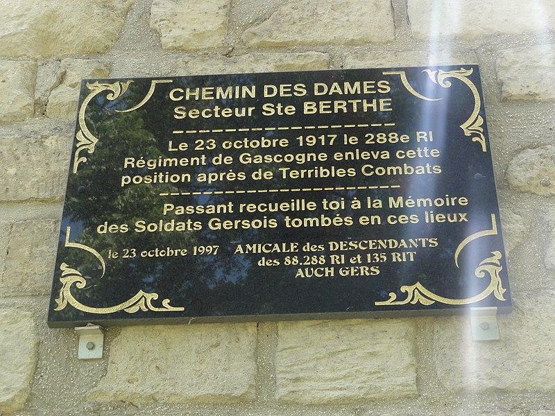 Filain (Aisne) chapelle Berthe, plaque 4