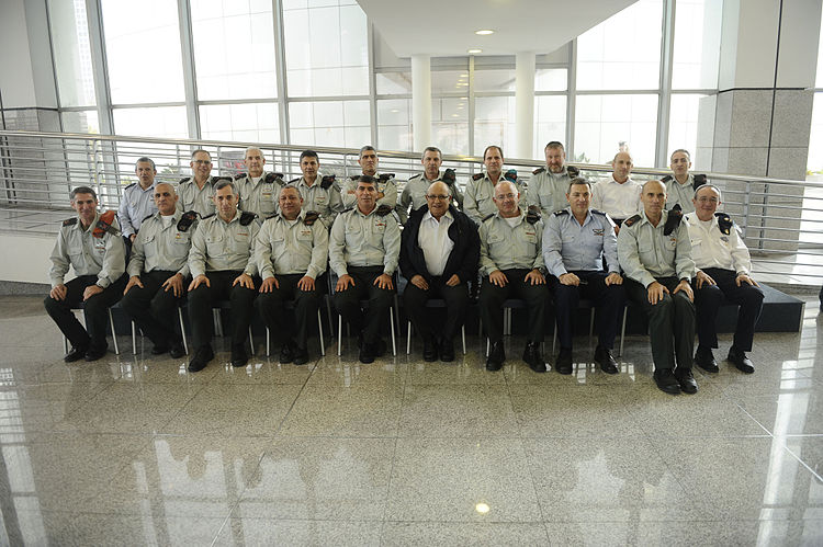 Flickr - Israel Defense Forces - Chief of Staff Honors Outgoing Mossad Director, Jan 2011.jpg